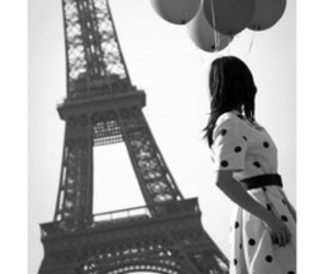 paris, balloons, and black and white image