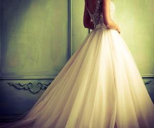 dress, wedding dress, and beautiful image