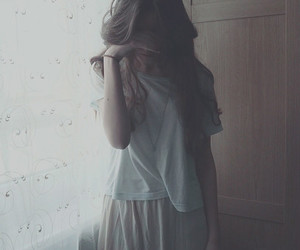 girl, vintage, and sad image