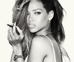 rihanna, smoke, and riri image