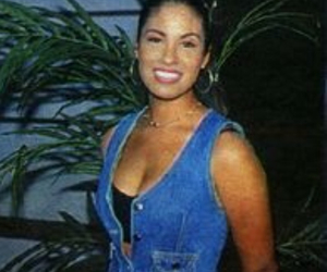 beautiful, cantante, and latina image