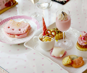 cute, food, and hello kitty image