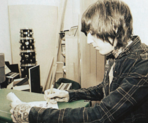 oliver sykes and tatto image