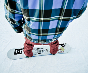photography, snow, and snowboard image