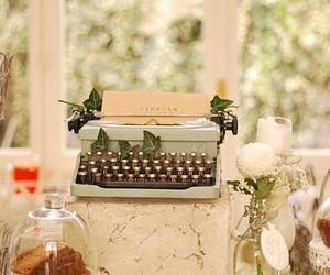 antigo, folhas, and maquina de escrever image