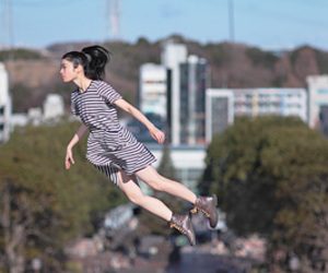 levitation, photography, and yowayowa camera image