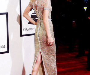 Taylor Swift and grammy awards image