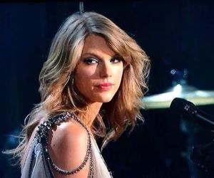 Taylor Swift, gif, and grammys image