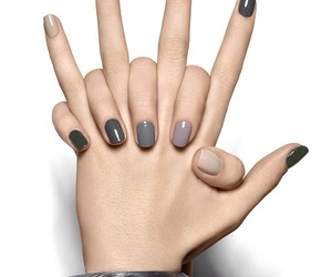 nails, grey, and nail art image