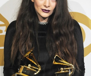 lorde, grammy, and royals image
