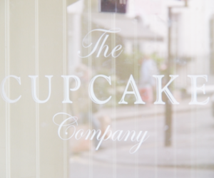 cupcake, pastel, and company image