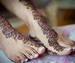 henna and فديتها image