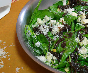 caramelized onions, spinach, and gorgonzola image
