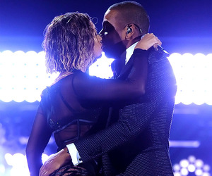 beyoncé, jay-z, and drunk in love image