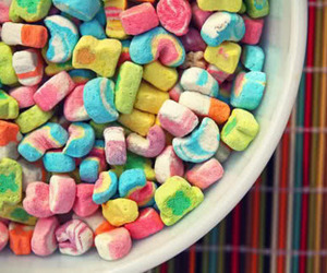 lucky charms, cereal, and rainbow image