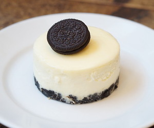 food, i want, and oreo image