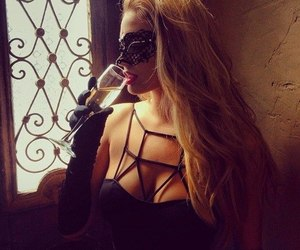 blonde and champagne image