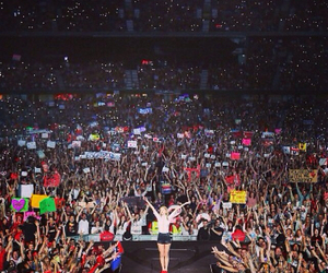 Taylor Swift, concert, and fans image