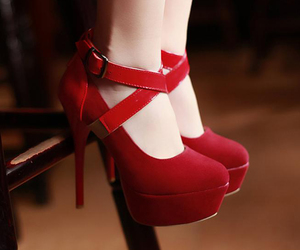 girl, heels, and shoes image