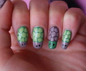 nails and turtle image