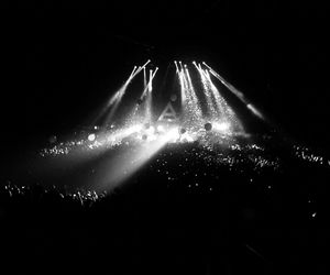 30 seconds to mars, ballons, and black & white image