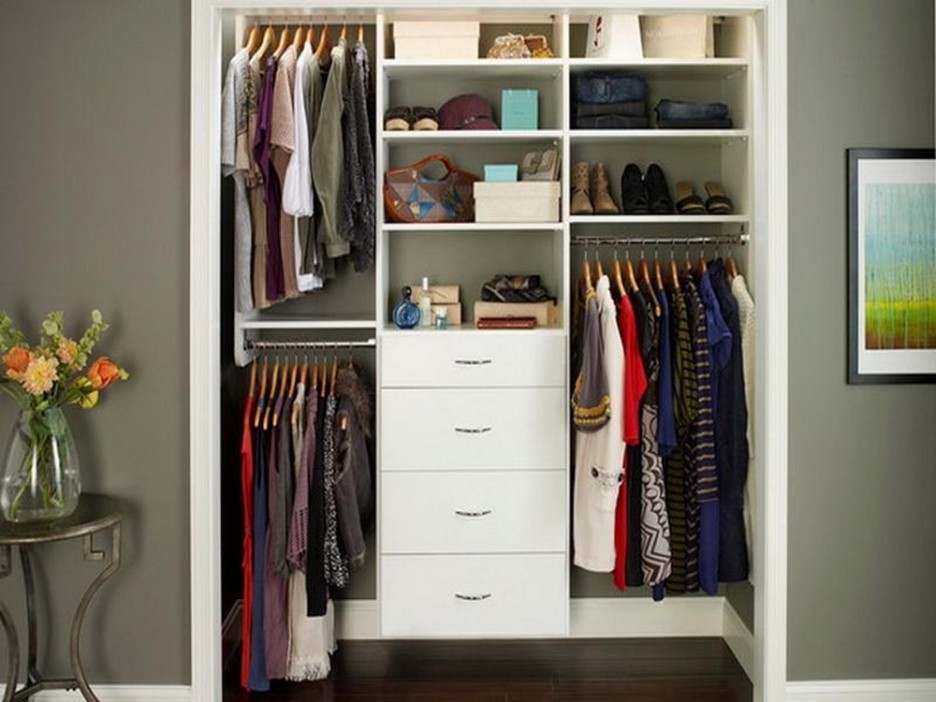 Charmant Small Master Apartment Closet Ideas With Minimalist Interior Decoration In  White Color Furniture For Inspiration Style
