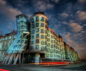Frank Gehry and prague image
