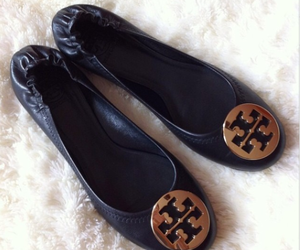 shoes, tory burch, and tory image