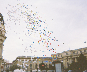 ballons and building image