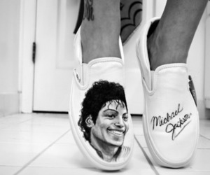 black and white, boy, and king of pop image