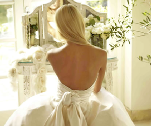 dress, runawaylove.blogg.no, and dresser image