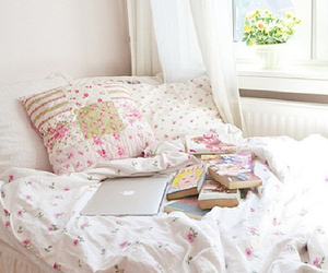bed, books, and macbook image