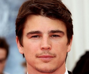 babe, josh hartnett, and sexy image