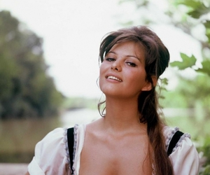 claudia cardinale and beer maid image
