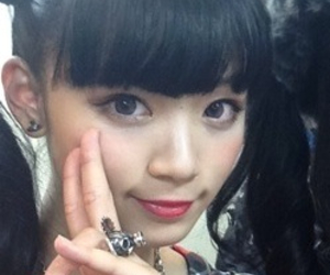 yura, twintail, and ゆら image