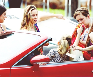 90210, annie, and naomi image