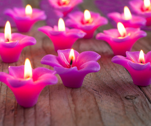 flower candle image