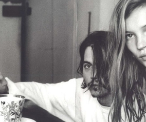 johnny depp, kate moss, and black and white image