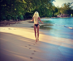 girl, style, and beach image