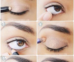 eye, sparkles, and makeup image