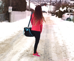 snow, sporty, and pretty-colors image