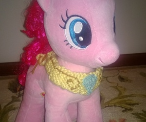 knitting, my little pony, and pinkie pie image