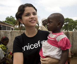 selena gomez, UNICEF, and selena image