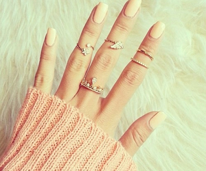 girly, nails, and rings image