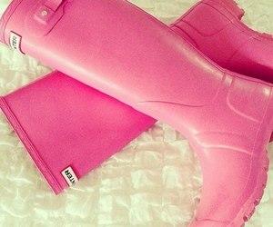 hunter, pink, and girly image