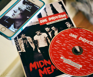 one direction, 1d, and midnight memories image