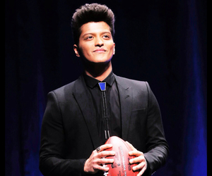 bruno mars, sexy, and super bowl image