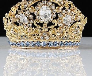 crown and diamond image