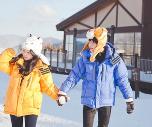 couple, korean, and winter image