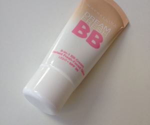 make-up, Maybelline, and bb cream image